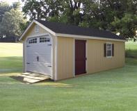 Detached garage with door ramp